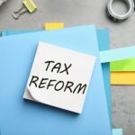 bigstock-Reminder-Note-With-Words-Tax-R-362783068.jpg